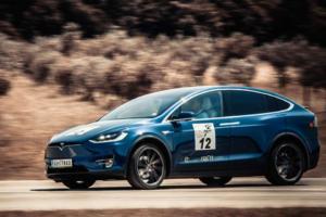 Pobjednik-i-njegova-Tesla-X