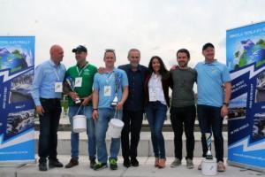 Pobjednici-1-2-i-3mjesto-s-gradonacelnikom-Milanom-Bandicem-i-organizatorima-Tina-i-Igor-Kolovrat